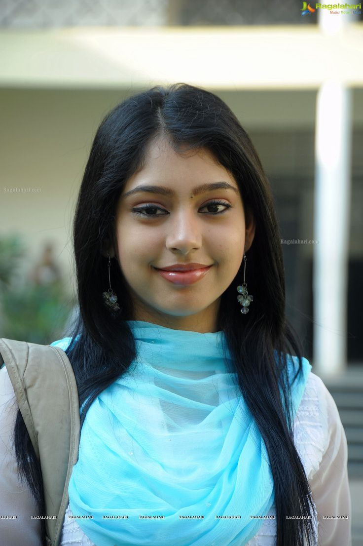 Nandini Reddy: A middle class girl of 24, loves her parents, she is a jewelry designer