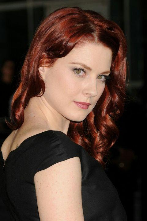 Alexandra é uma atriz que nasceu em Bridgeport, Connecticut nos Estados Unidos em 15 de maio de 1982 (36 anos)