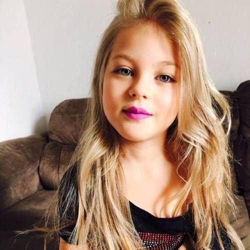 Alana Duarte Lima- 8 anos/ filha de nanda e 2n