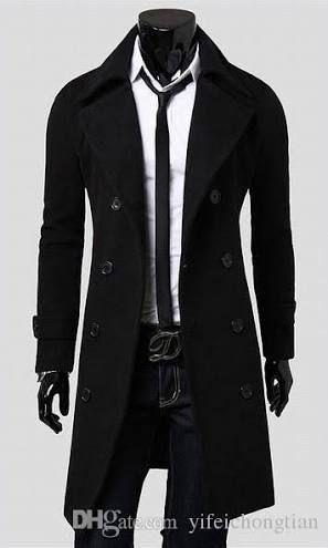 Trên người Tần Gia Uy từ trên xuống dưới, ngoài chiếc áo sơ mi màu trắng ra tất cả đều là màu đen, màu đen tuợng trưng cho sự nguy hiểm, màu đen của tội ác cũng là màu mà anh thích nhất
