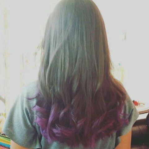 S-Mi cabello es morado!!😄😄