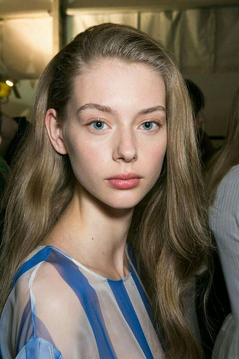 NAME: Lauren de GraafHAIR COLOR/S: BlondeEYE COLOR: BlueAGE: 20BIRTHDAY: 03/23/1997PLAYABLE AGES: 17-22PLACE OF BIRTH: NetherlandsKNOWN FOR: ModelingGIF AMOUNT: Low