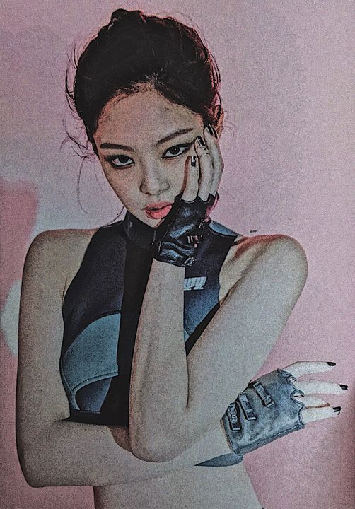 [portrayal: kim jennie]