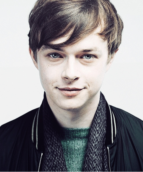 Dane DeHaan earned a 0.5 million dollar salary - leaving the net worth at 2 million in 2017