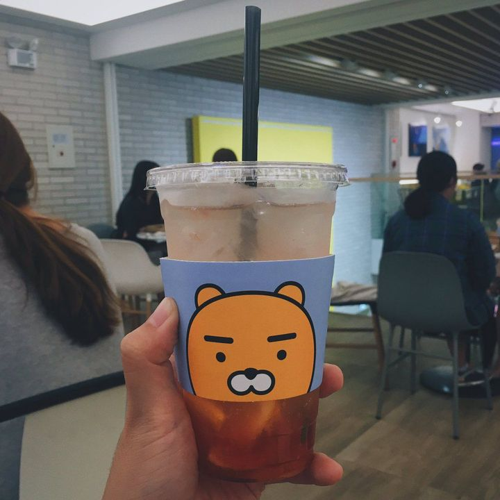 2,371 likesChan_chan: Ryan café was great with @Yj__ & @Daehyun_Jungview all 1,460 commentsDaehyun_Jung: We should do this more often tbfh Yj__: After finals we're free!! @Daehyun_Jung 🙌🏼
