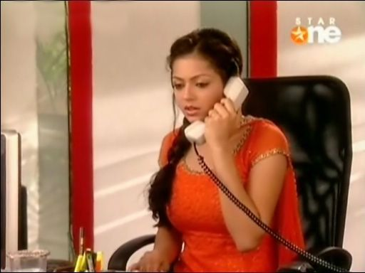 Geet was doing her work , just then, Maan called her and asked to tell the entire team to come to the conference in 5 minutes