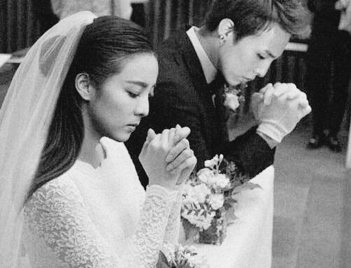 最新 G Dragon 2019 Wedding - 無力な広場