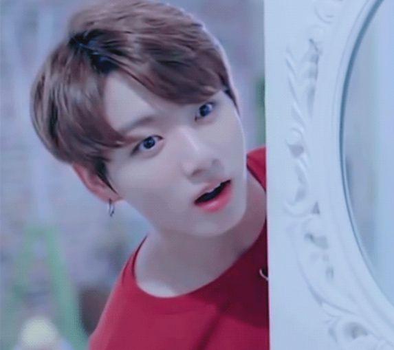 """""""La reacción de Jungkook al verte en ropa interior"""