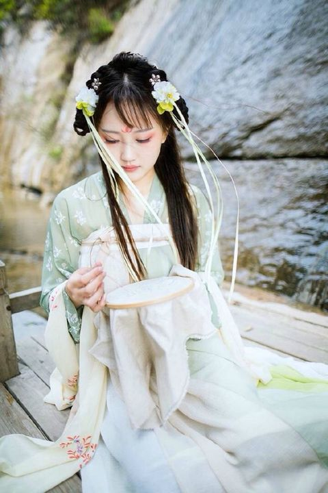 Birth Name: Wu TanSkills: Skilled reader (is that even a thing?)Crush: Lan Xichen