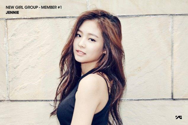 Nome: Jennie KimApelido: JendeukNascimento: 16/01/1996Nacionalidade: CoreanaPosição: Rapper principal e vocalPeríodo como trainee: + 6 anos