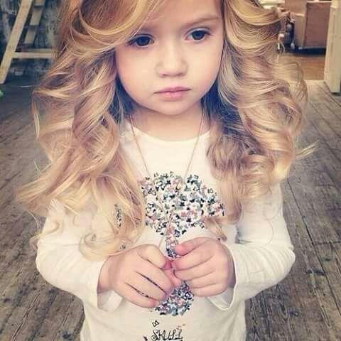 jorgeblanco Zar nemam najsladju ćerkicu na svetu ?❤😍Ja sam previse srecan covek💕@tinitastoessel #lovemyfamily #india #mygirl #baby