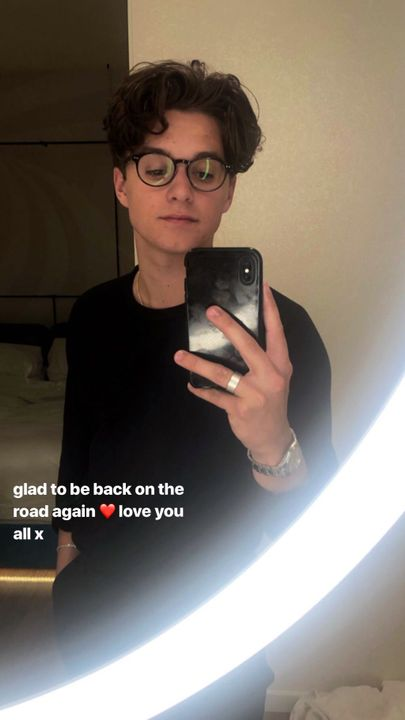 NOTIFICATION !bradleywillsimpson posted on their story