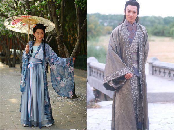 Je vais décrire plus en détail l'apparence et les styles vestimentaires adoptés par les sirènes dans les chapitres suivants^^