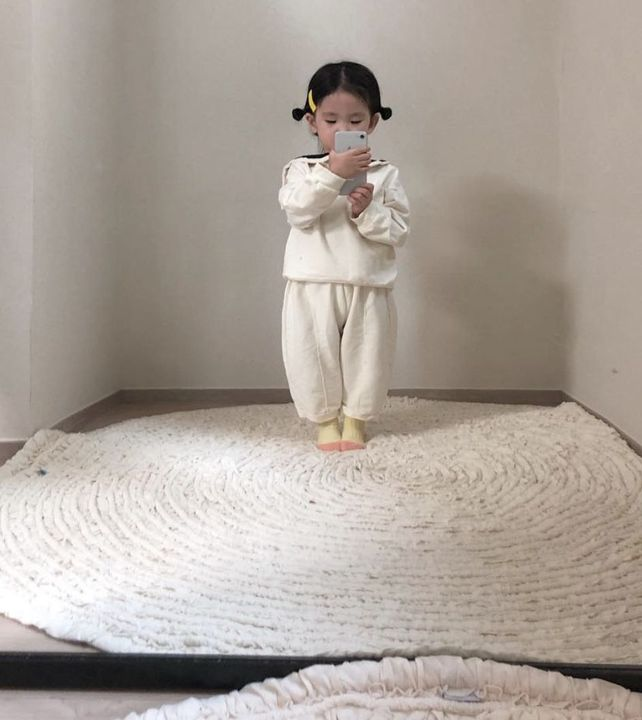 My Tae 💗:Taehee are you playing on mommy's phone again?