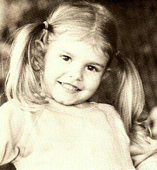 The only child of Jozsef and Maria Barsi, Judith Eva Barsi was born in Los Angeles, California on June 6th, 1978