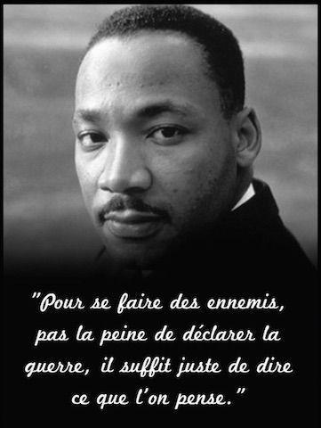 #LYRICISTENWAR 🇬🇳#RevolutionnairesduMillenaire#Recueildepoemes#Mars2020✍🏿
