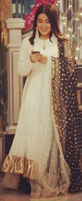 Rashi: Kya! Drishti Sharma hamare ghar mein!What! Drishti Sharma in our house!