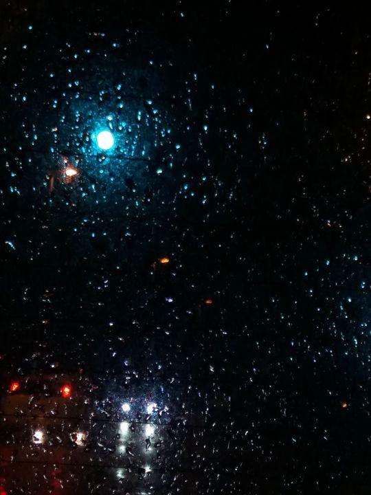 82+ Gambar Rintikan Hujan Di Kaca Terlihat Keren