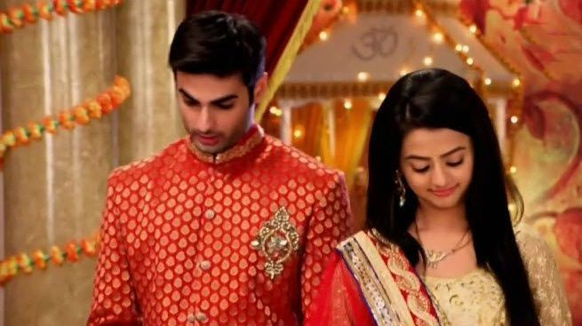 One fine day, one of the old friend of sanskar visits maheshwari mansion