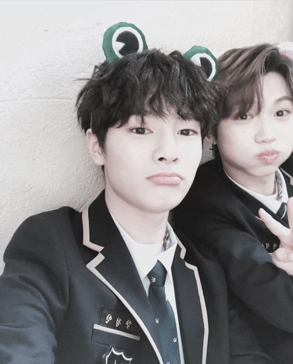 liked by leefelix and 182 othersfrickinjeongin ➥ felix hyung is better :) @aussiechan