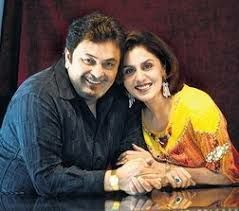 Rishi Ahuja and Neetu Ahuja-parents of Anushka,loves her a lot, they own a chain of hotels,both are managing that