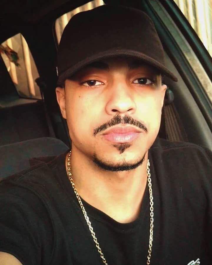 Lucas Duarte - 26 anos / irmão da nanda