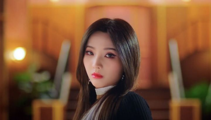 *Soyeon from (G)i-dle*