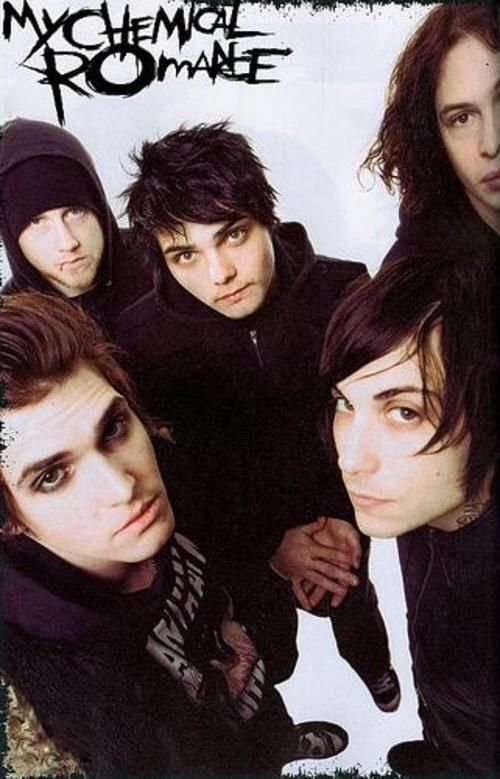 I feel like you guys are getting tired of me talking about Palaye so here are some (mostly) Revenge and Bullets era MCR