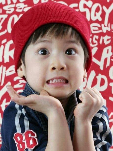 taehyun: how many pics do u have of me