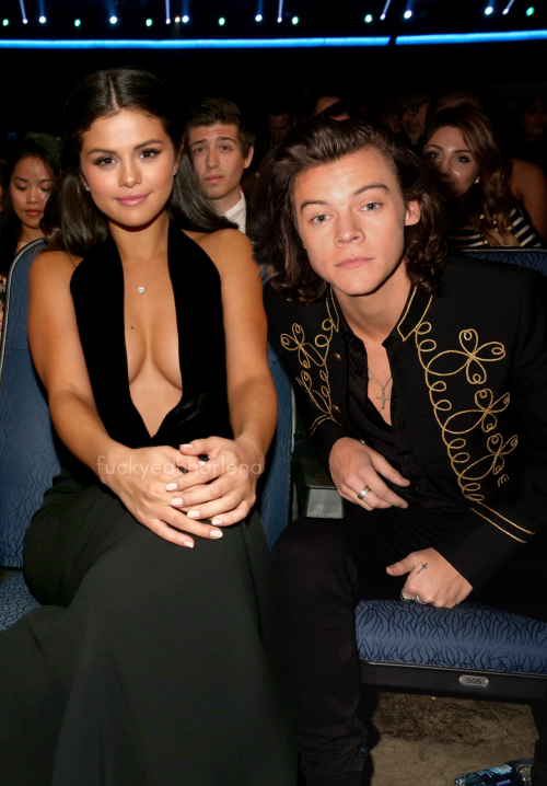 Likes: 100,000 Comments: 90k@KatieGibson: first outfit change and stole @niallhorans seat to take this but finally met my friend @harrystyles -Katie Xo
