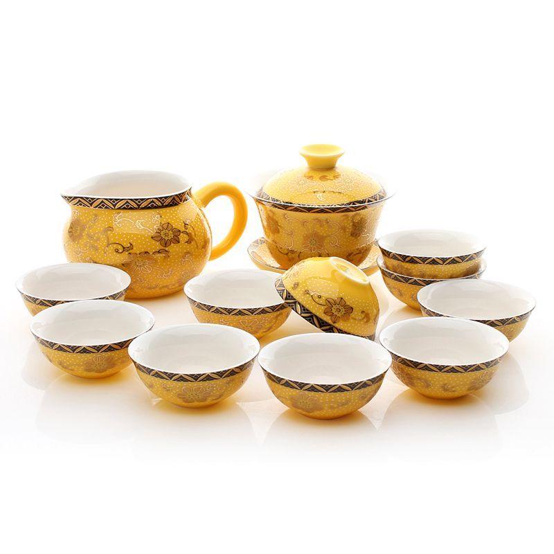 * Trà cụ: Dụng cụ pha trà