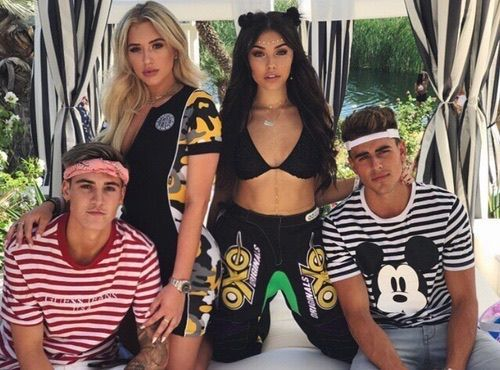 me my girl and our boys:))tagged: staceymc, jackgilinsky, sammywilksammywilk, jackj and 401,613 others like this———-COMMENTS DISABLED