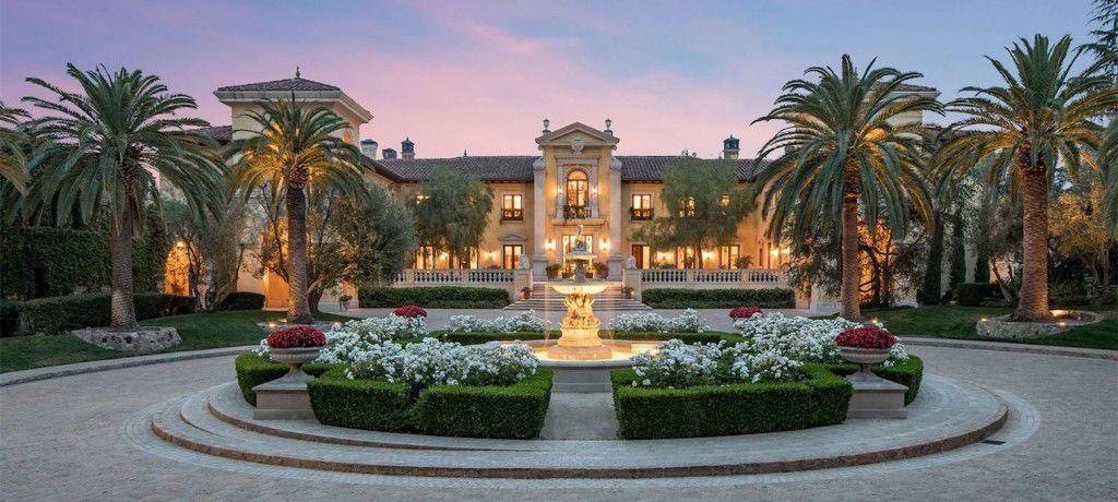 "Scene 5: Le Belvedere, ""Beverly Hills"" (Mansion of Johnson)"