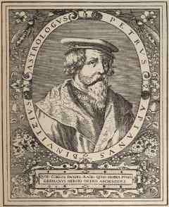 Fue nombrado matemático del emperador Carlos V a quien había dedicado una de las obras que más fama le dio, el Astronomicum Caesareum
