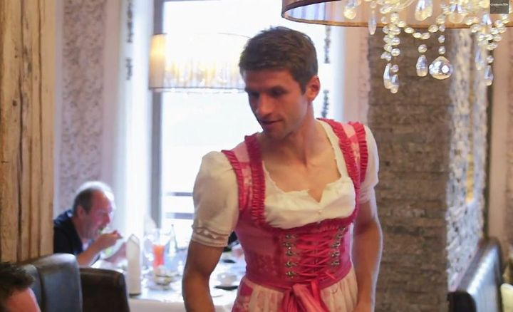 Thomas Müller (I love this comedian sm)