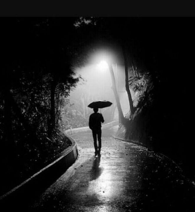 wandering alone at night - 640×640