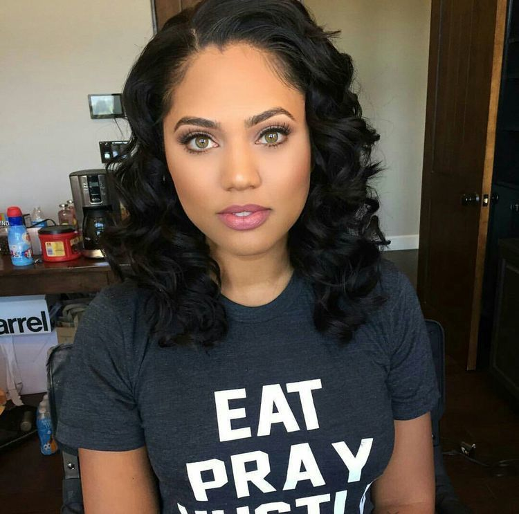 pretty girls for your stories - ayesha curry