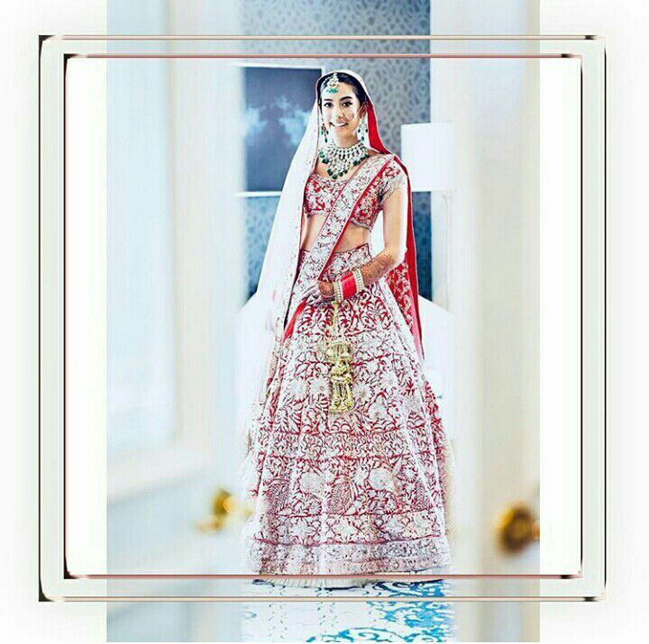 Gauri's look 👇🏻