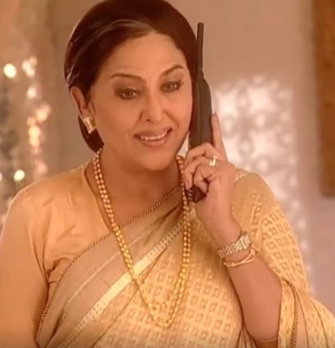 SAVITHRI DEVI (Grandmother of Maan, Dev and Anvesha):