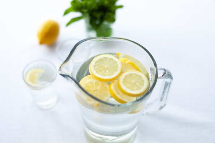 Now you have two options to make lemon water1