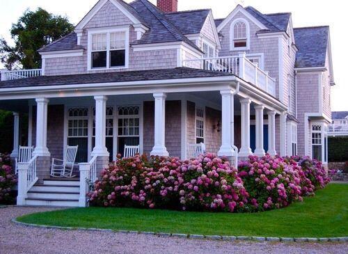 No era una mansión pero era perfecta para Louis