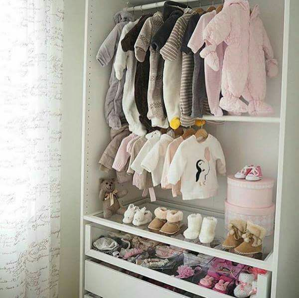 O guarda roupa
