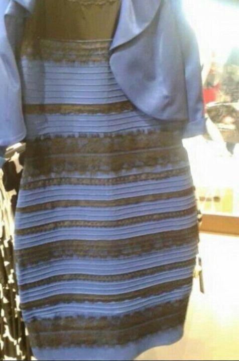 Vous la voyez comment sans mentir moi je la vois en noir et bleu