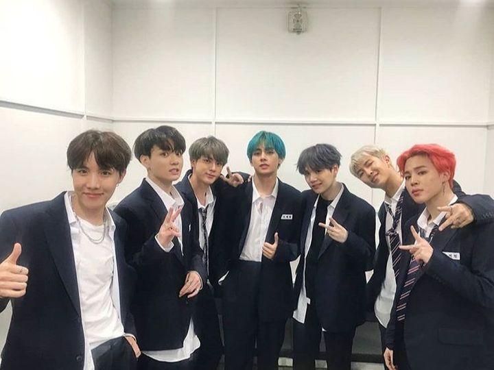 Comeback Show Music Core 2019