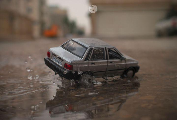 Beberapa orang mungkin perlu menyewa mobil ketika mereka berada di kota lain