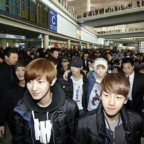 Sehun như một đứa trẻ và Luhan thì luôn đi cạnh và bảo vệ anh ấy