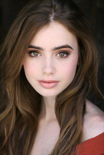 Lily Collins:
