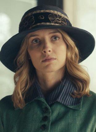 Holland Roden as Emma BurgessName: Emma Lydia BurgessAge: 20Height: 5'3Hair color: RedEye color: Hazel Sister: Grace Burgess