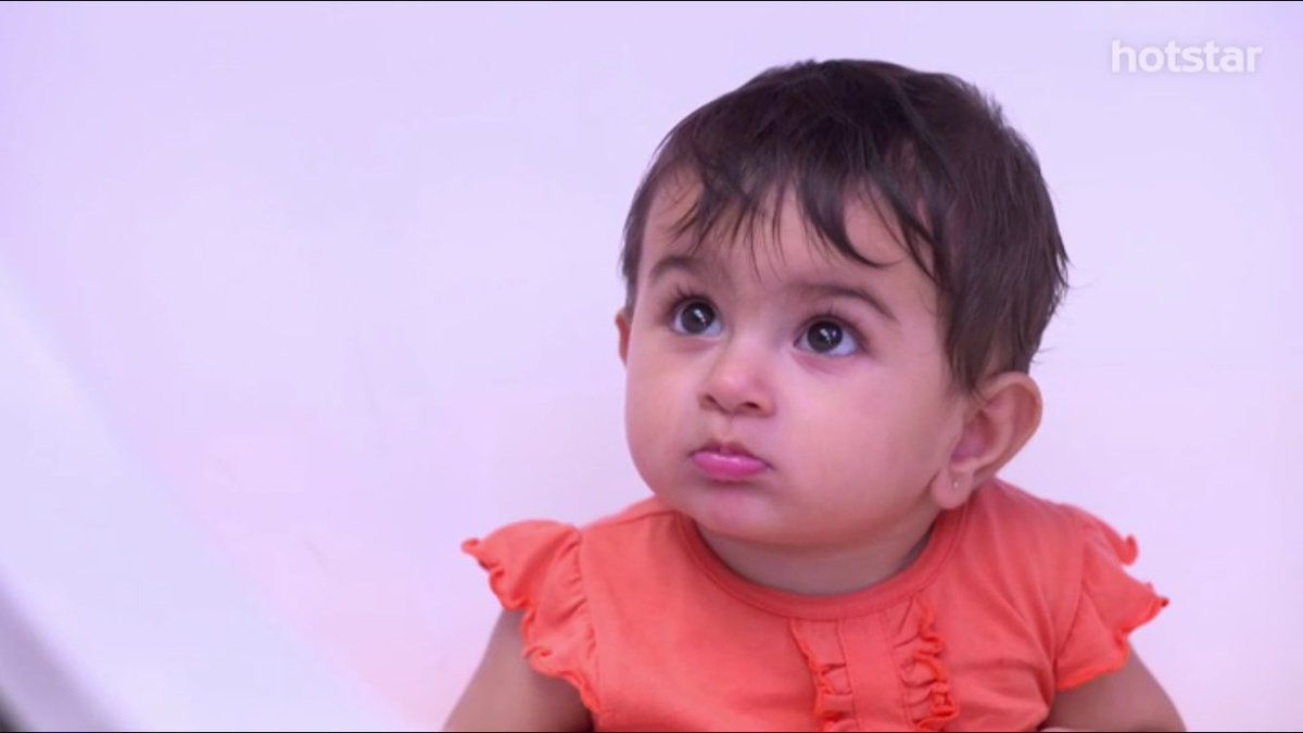 kunal: and see, she has inherited the pout and puppy eyes from you