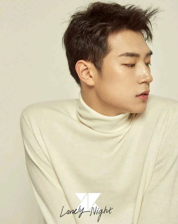 Stage Name : Seoham (서함)Birth Name : Park Seoham (박서함) (Formerly known as: Park Seungjun)Positioned : Main Rapper, Vocal, Center/Face of the group, VisualDate of Birth : 28th October 1993Height : 190cmNickname(s) : Gyeongbok, SeungjunFamous Ship(s...